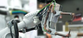 robot with welding tool
