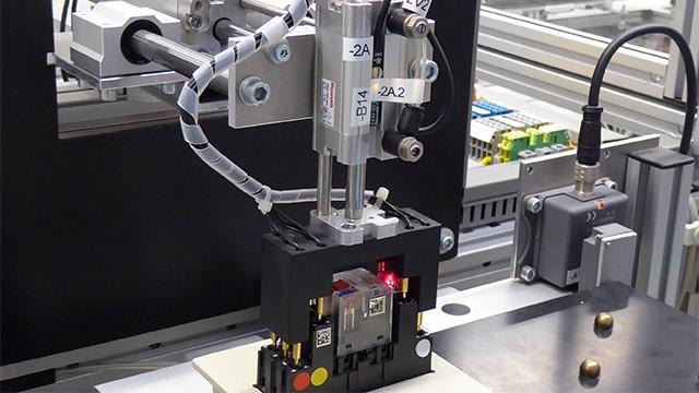https://www.plm.automation.siemens.com/media/global/en/darmstadt-univ-applied-sciences-76142-featured%283%29-640x360_tcm27-58609.jpg