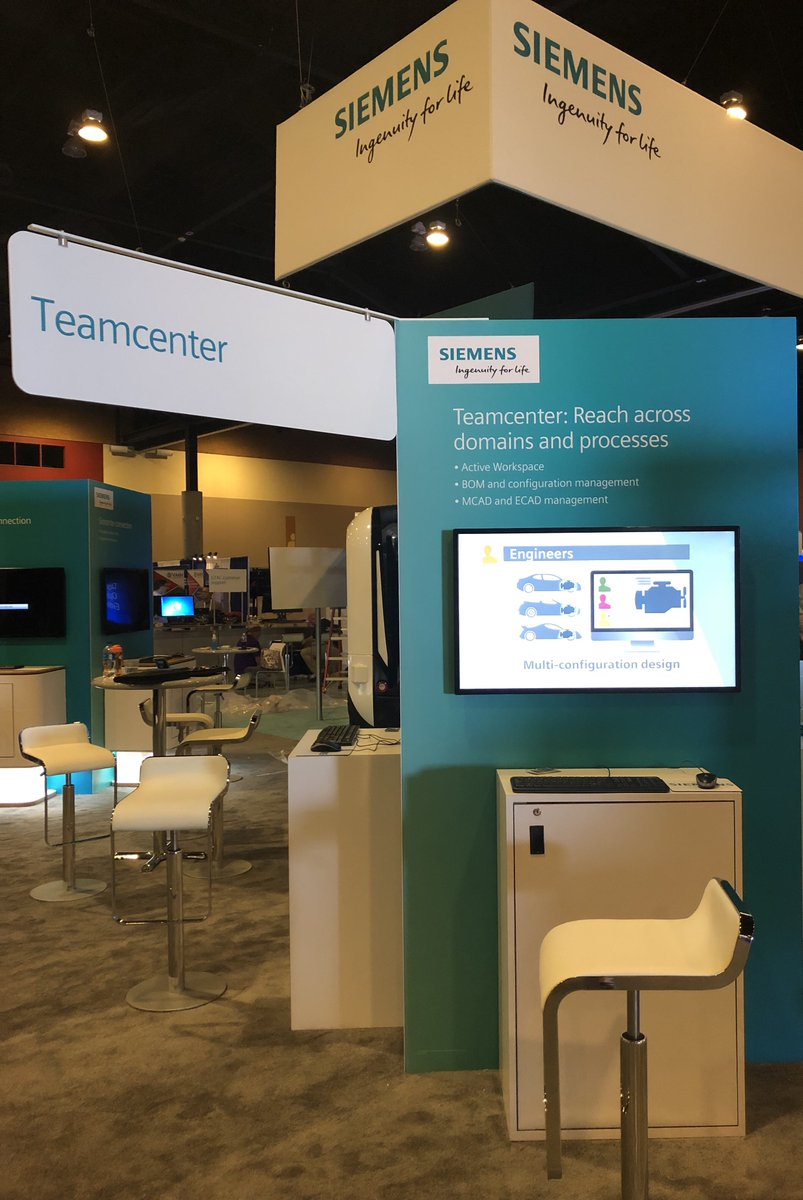 Teamcenter booth _plm connections 2018.jpg