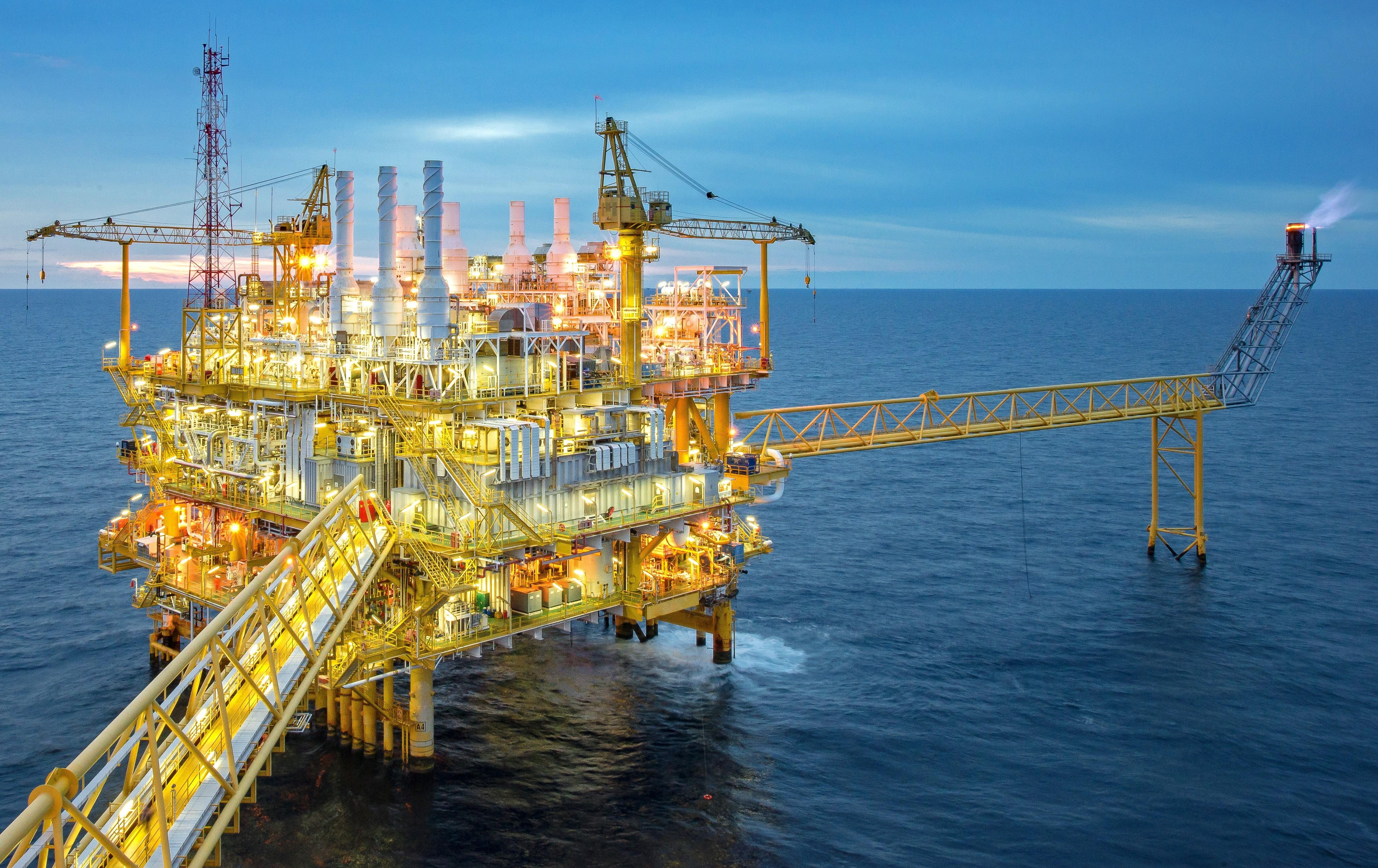capital asset lifecycle energy & utilities 3.jpg