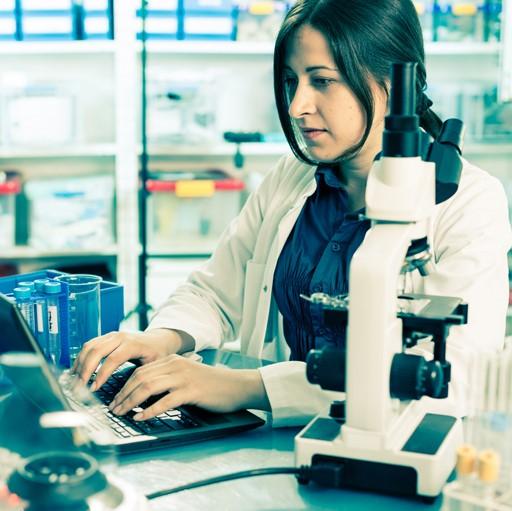 LabTechnician_Low_SS281615630_Flip.jpg