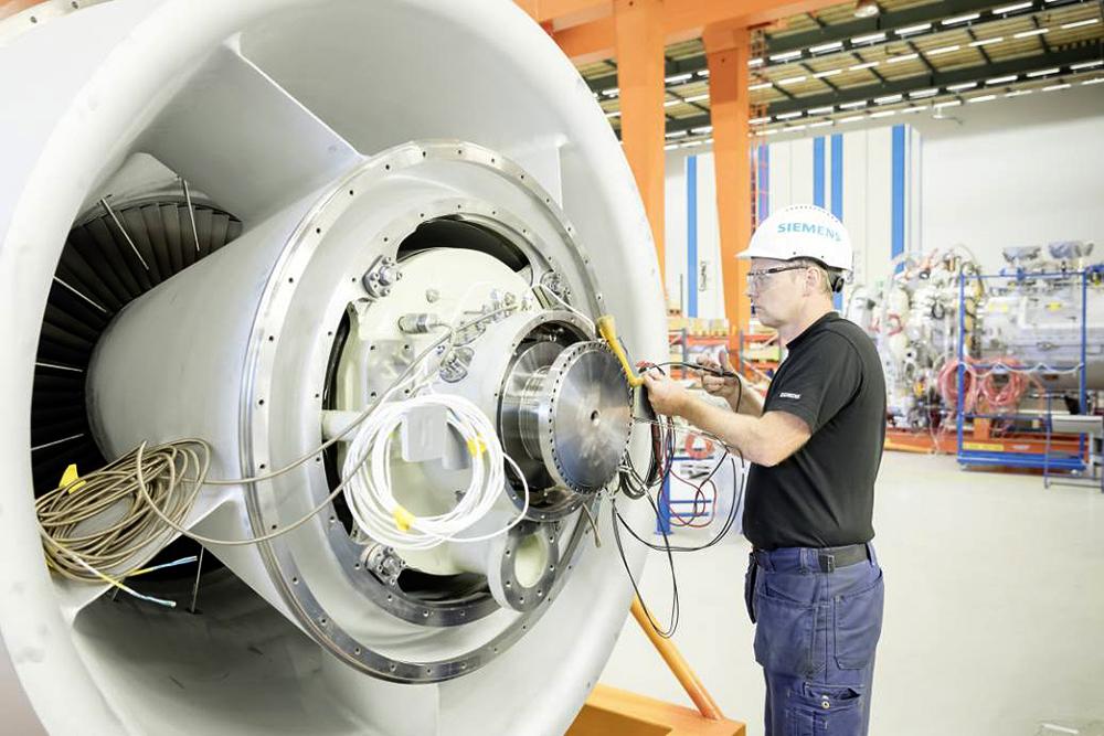 benefits-additive-manufacturing-1000px.jpg