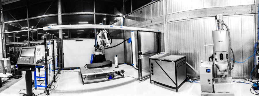 Large format industrial additive manufacturing machine