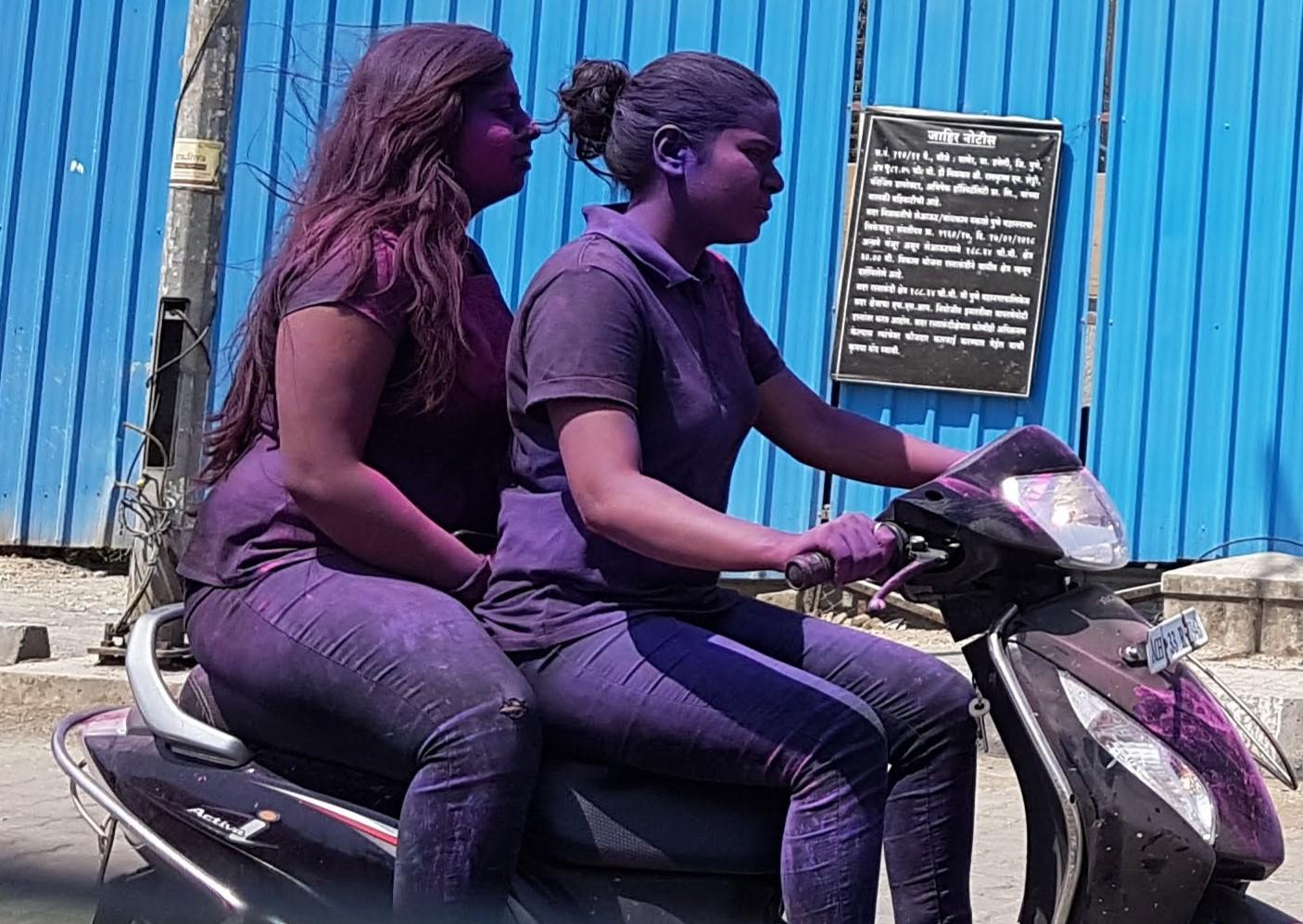 purplescooter.jpg