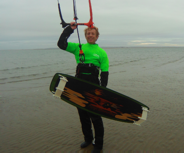 Guest: James Crook - Founder and Managing Director at Forty1 Kitesurfing