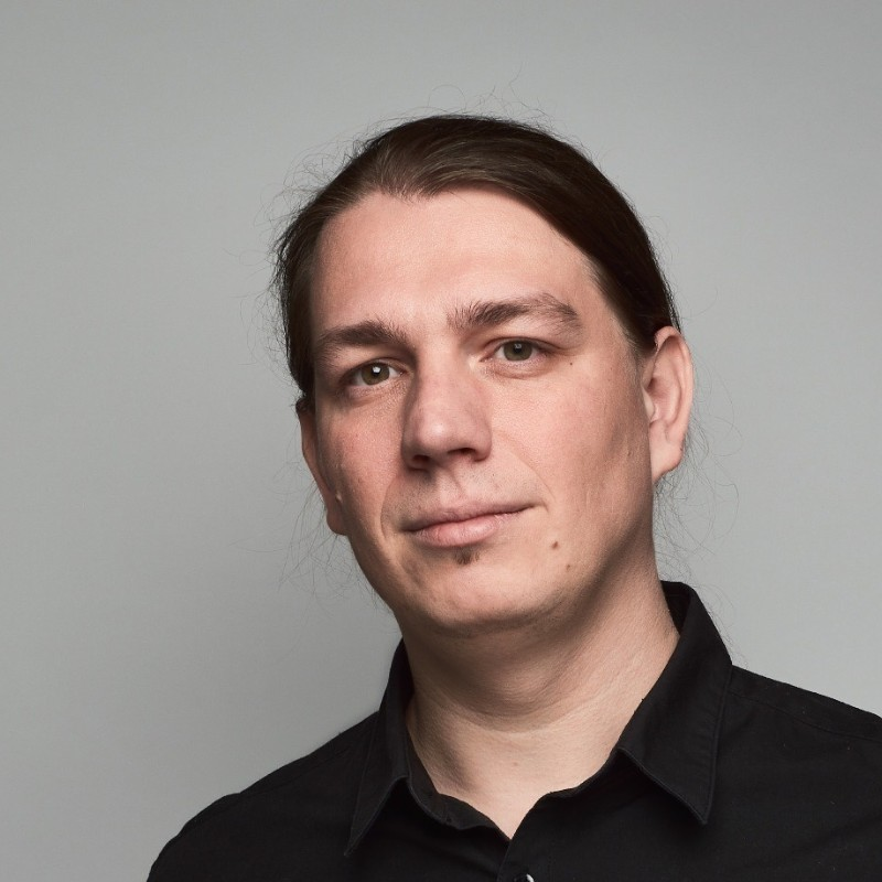 Guest: Jakub Kapuš, Founder and Chief Technology Officer at Spacemanic