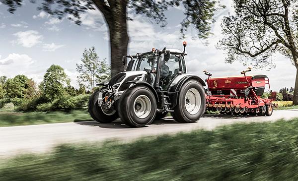 Valtra_4th_generation_N_Series_tractor_SM.jpg