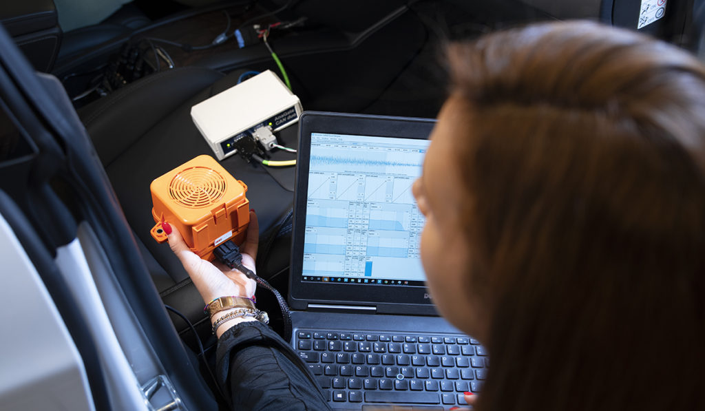 Simcenter active sound design solution: Acoustic validation in the car