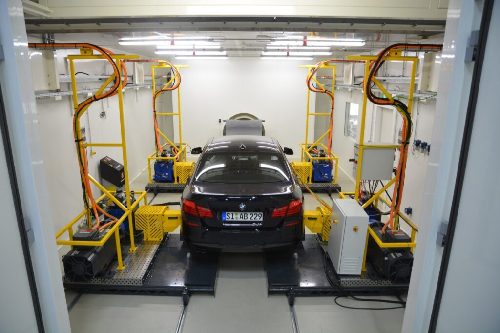 This picture is taken at the VEM test facility in Lyon, France. The Chengdu VEM lab will have a similar setup.