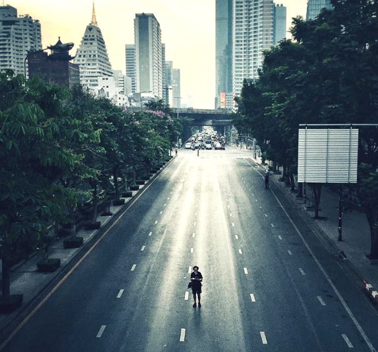 A street of Bangkok is empty as Nissan experiments with the electric vehicle sound.