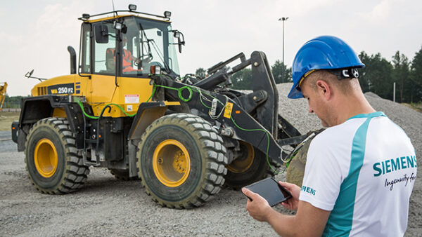 simcenter testing for agricultural and construction machines