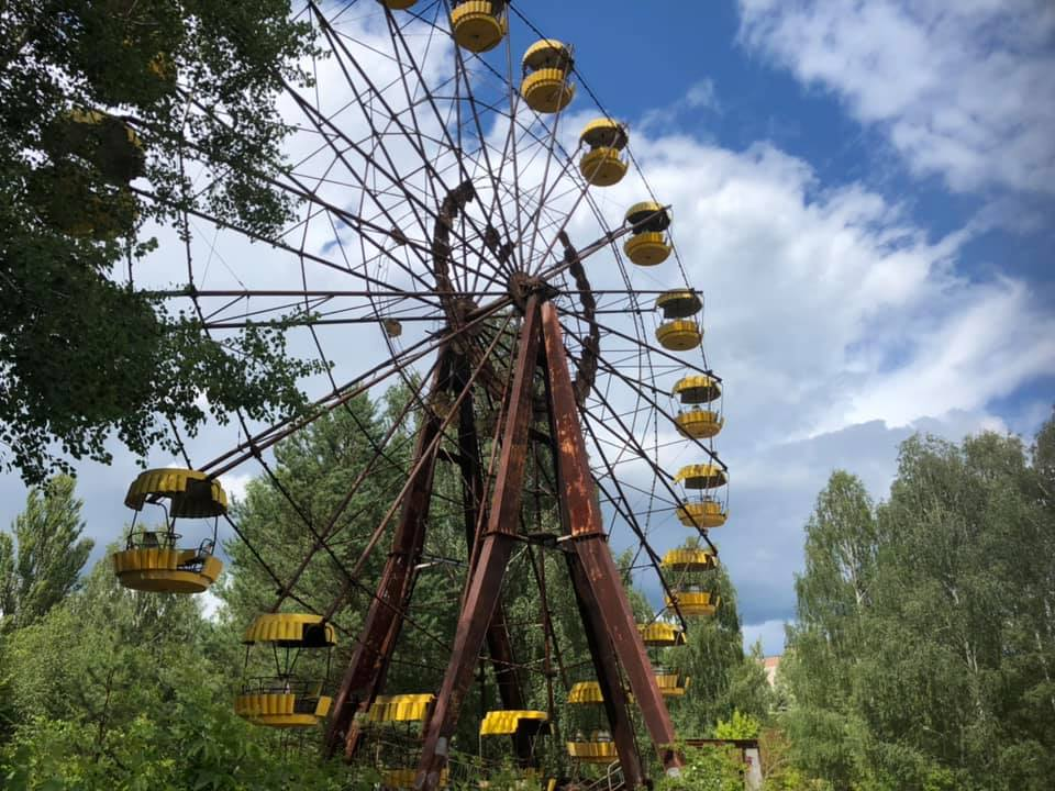 Yellow ferris wheel