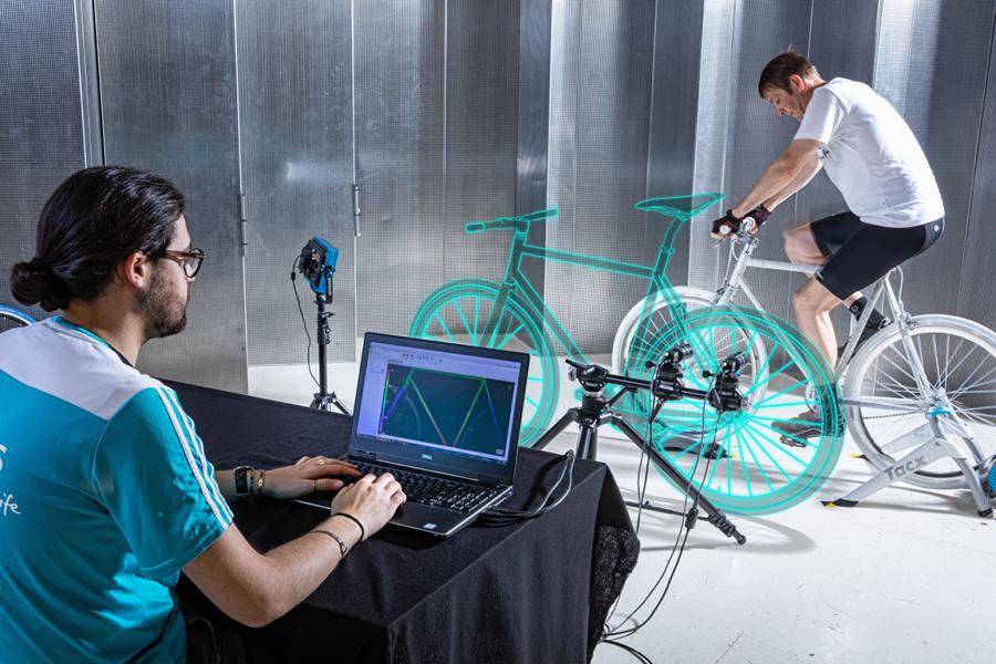 DIC digital image bike