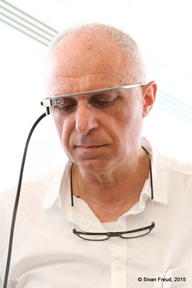 ZviInVRGlasses-18.jpg