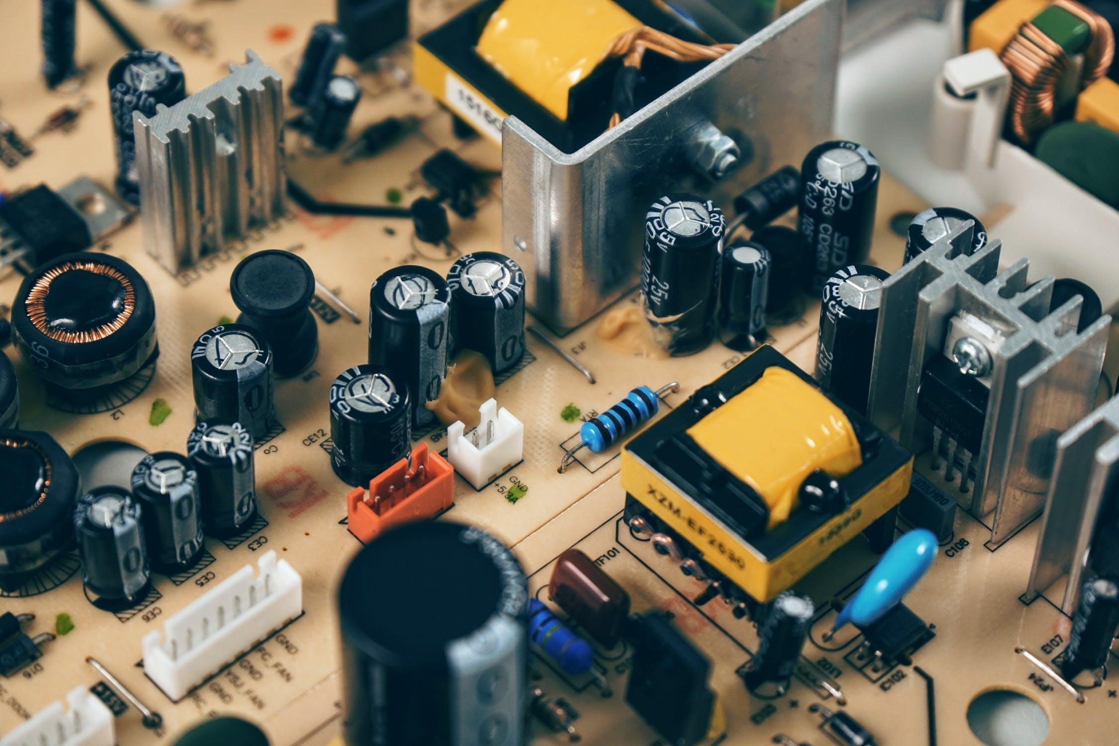 circuit-circuit-board-resistor-computer-163100.jpeg